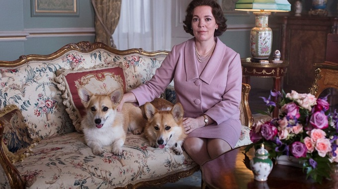 "La ganadora del Oscar Olivia Colman sera Isabel II en el regreso de ""The crown"""